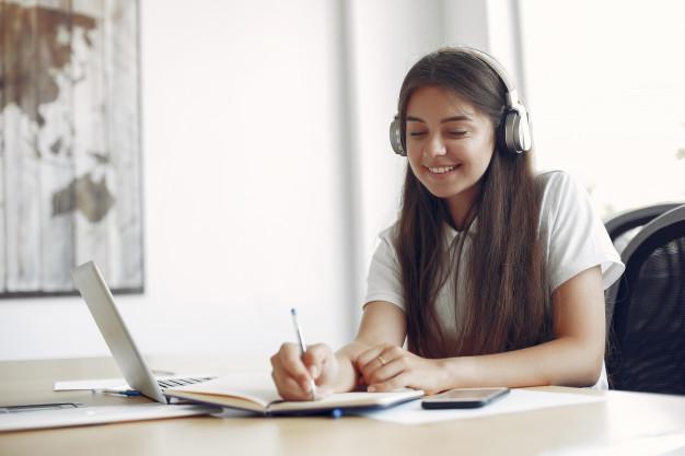 A importância da Qualificação Internacional para Estudantes e Professores